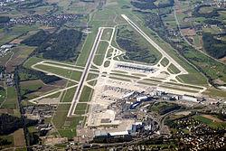 250px-Zurich_airport_img_3324.jpg
